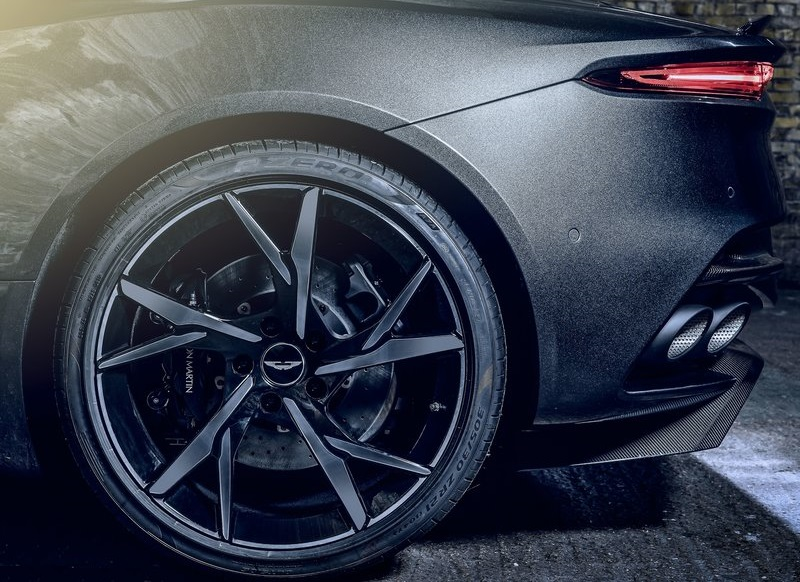2021 Aston Martin DBS Superleggera  007 Edition