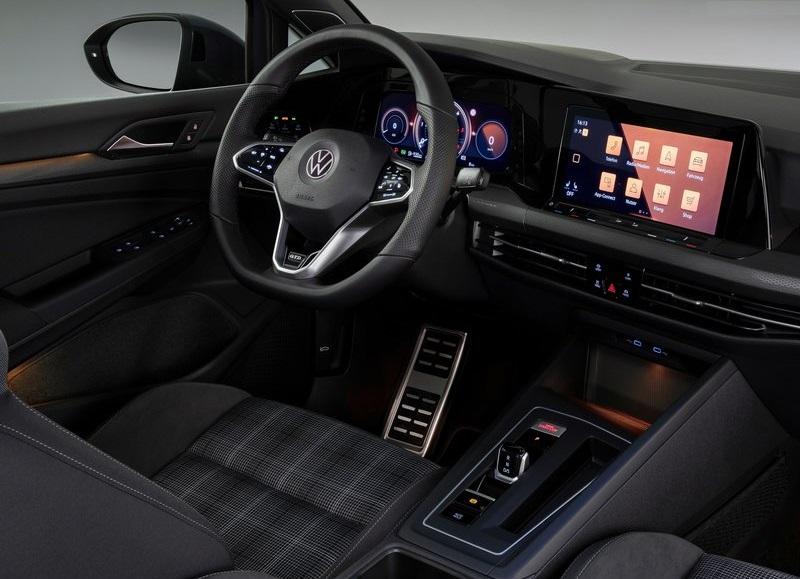 2021 VW GOLF GTD fotoğrafları