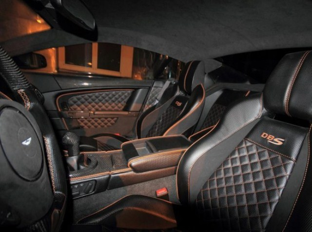ASTON_MARTIN_DBS_Matte_Black_ANDERSON_GERMANY_Tuned_seats