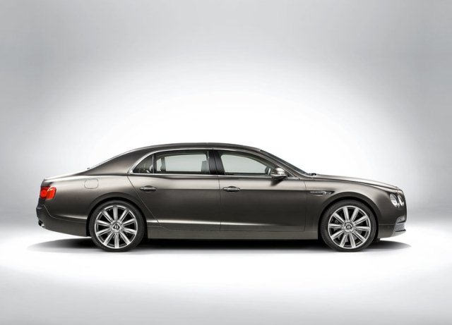 BENTLEY_FLYING_SPUR_pic-2