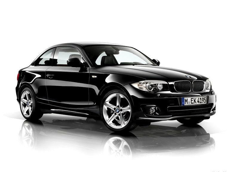 2013 bmw 1 series coupe white and black oopscars. Black Bedroom Furniture Sets. Home Design Ideas