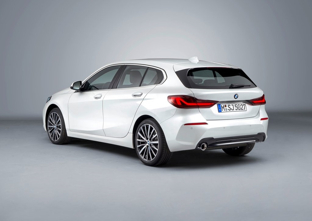 2020 BMW 1 Serisi-arka görünüm