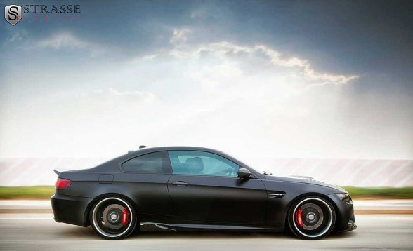 BMW E92 M3 FROZEN BLACK - AUTOWERKE