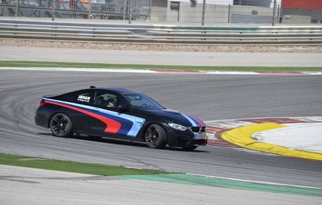 BMW_M4_COUPE_drift_pic-7