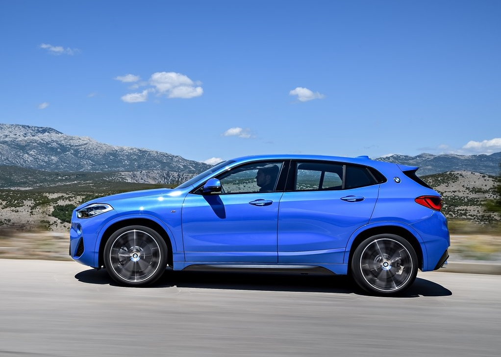 BMW X2 2019-oopscars