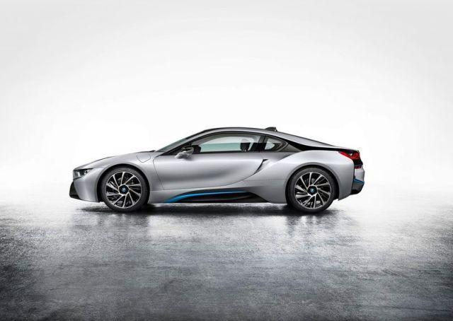 BMW_i8_electric_car_profile_pic-2