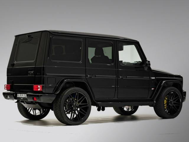 Black_MERCEDES_G63_tuned_by_BRABUS_rear_pic-2