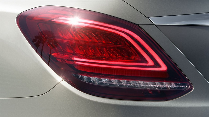 2020 Mercedes-Benz C Class stop lambası