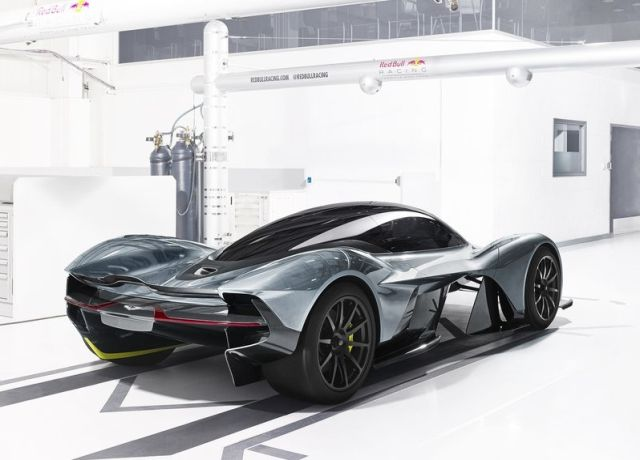 Concept_ASTON_MARTIN_AM_RB_001-4