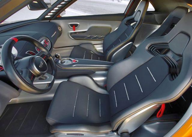 Concept_KIA_GT4_STINGER_interior_pic-6