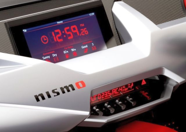 Concept_NISSAN_IDx_NISMO_dashboard_pic-9