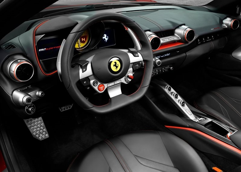 FERRARI 812 SUPERFAST-dashboard