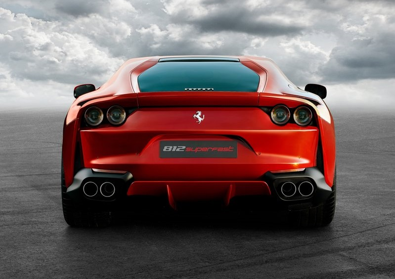 FERRARI 812 SUPERFAST-2018