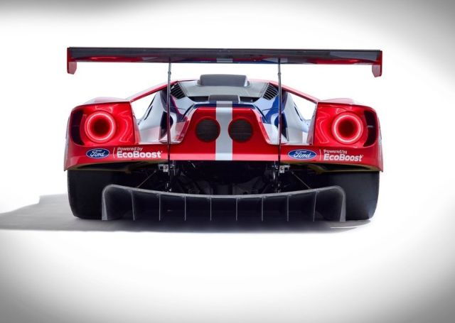 FORD_GT_LE_MANS_pic-2