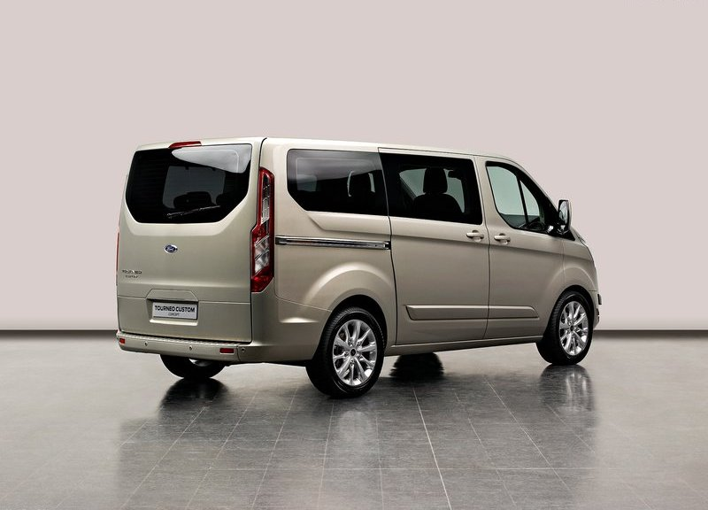 FORD TOURNEO CUSTOM 2 2013 YENİ FORD TRANSİT