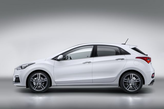 2015 HYUNDAI i30 TURBO-186 ps