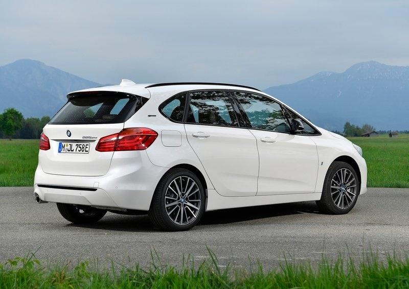 BMW XE iPERFORMANCE 2019