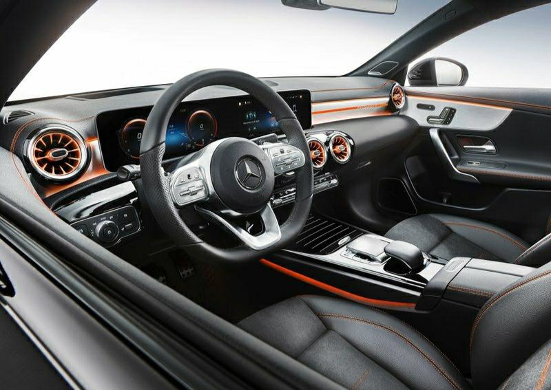 Mercedes-Benz CLA-dashboard