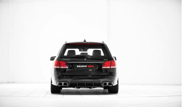 MERCEDES E63 ESTATE Tuned by BRABUS 850_rear_pic-3