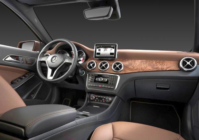 MERCEDES_BENZ_GLA_interior&dashboard_pic-8