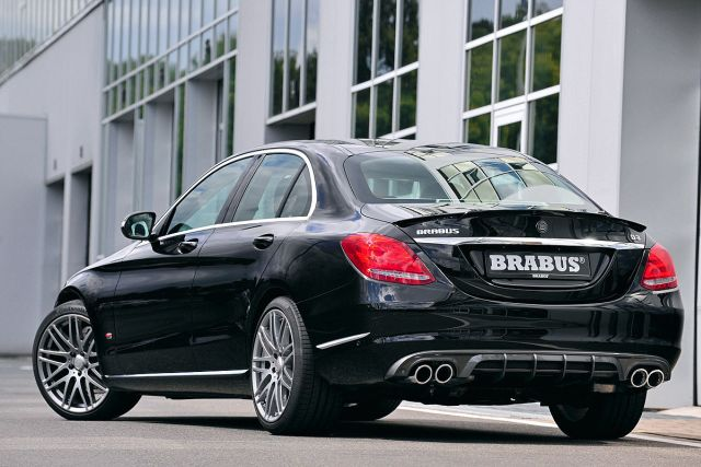 MERCEDES_C_CLASS_tuned_by_BRABUS_pic-7