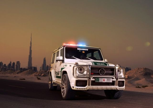 MERCEDES G63 BRABUS B63S 700 WIDESTAR DUBAI POLICE Tuning