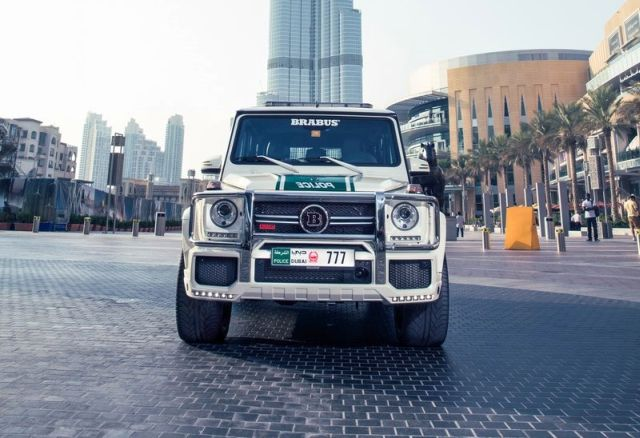 MERCEDES_G63_BRABUS_B63S_700_WIDESTAR_DUBAI_POLICE_Tuning_front_pic-6