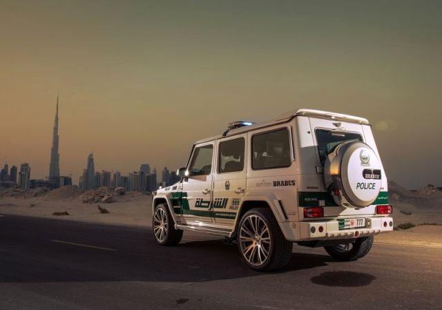 MERCEDES_G63_BRABUS_B63S_700_WIDESTAR_DUBAI_POLICE_Tuning_rear_pic-4