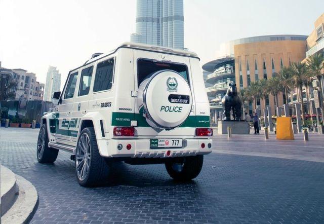 MERCEDES_G63_BRABUS_B63S_700_WIDESTAR_DUBAI_POLICE_Tuning_rear_pic-5