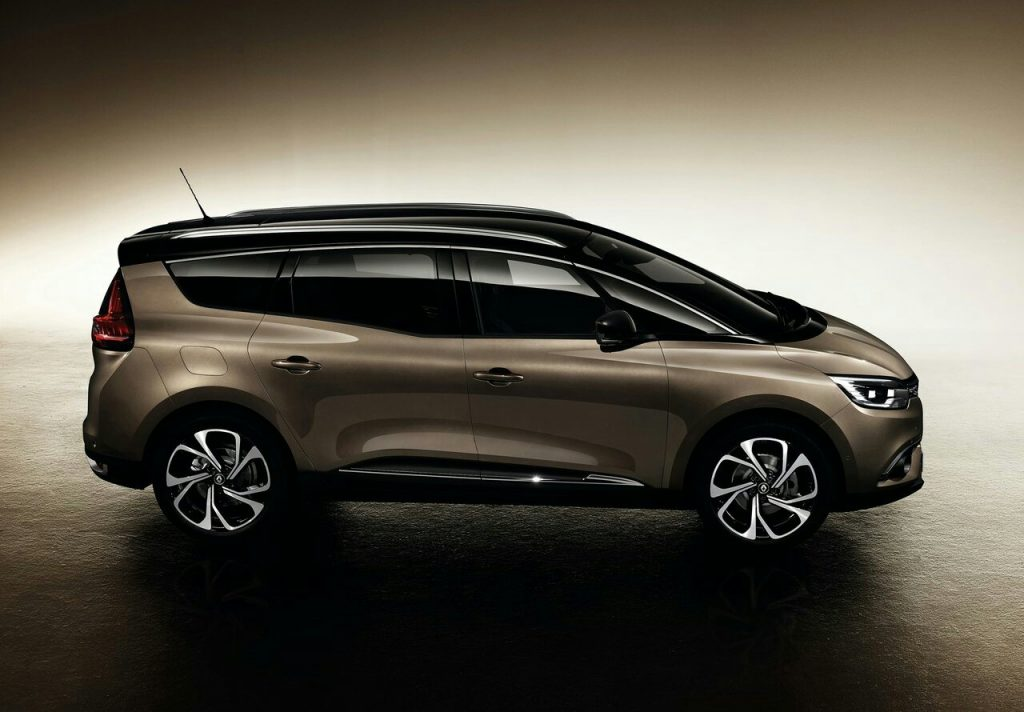 2017 renault grand scenic oopscars. Black Bedroom Furniture Sets. Home Design Ideas