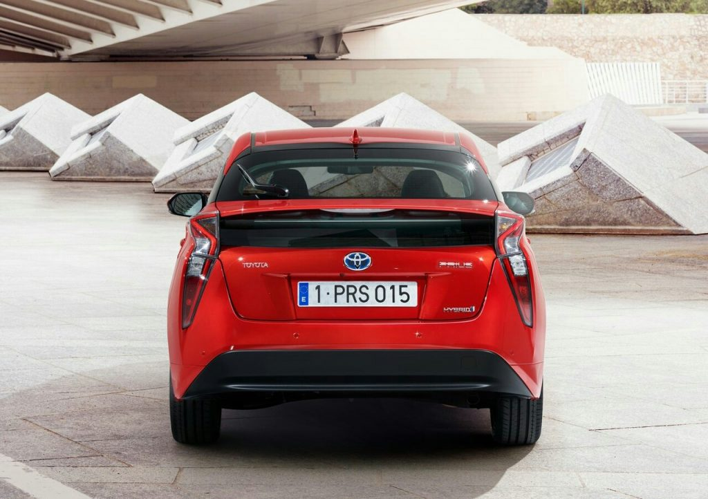 2016 Toyota Prius|Oopscars