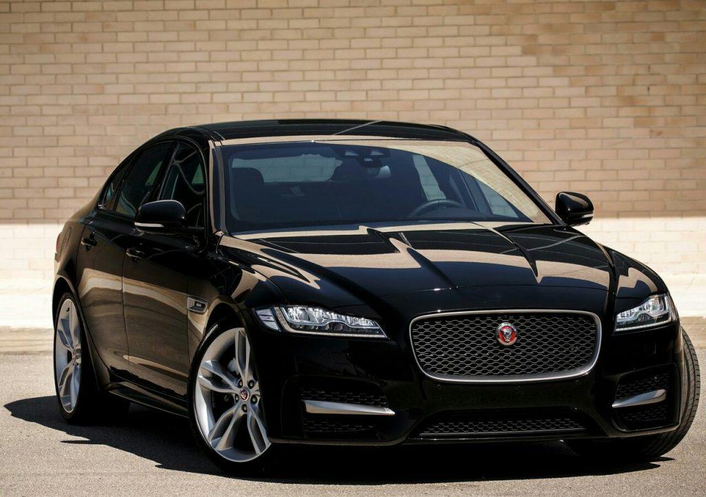 2016 jaguar xf 20d oopscars. Black Bedroom Furniture Sets. Home Design Ideas
