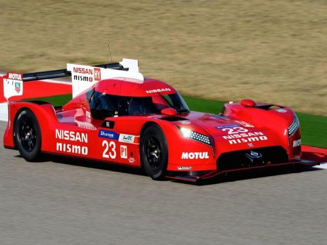 NISSAN_GT-R_LM_NISMO_RACECAR_pic-6