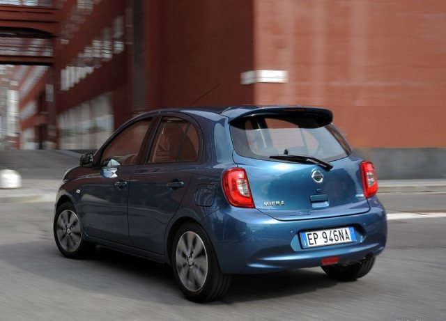 NISSAN_MICRA_Restyle_2014_pic-6