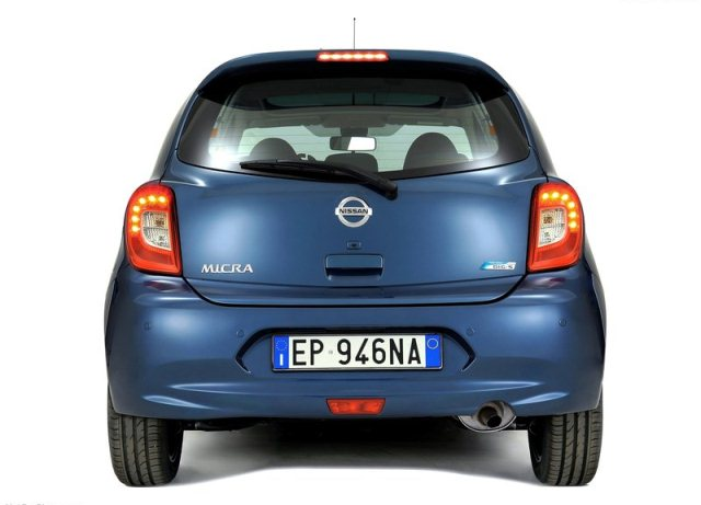 NISSAN_MICRA_Restyle_2014_rear_pic-3