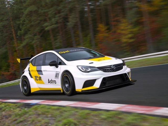 OPEL_ASTRA_TCR_pic-6