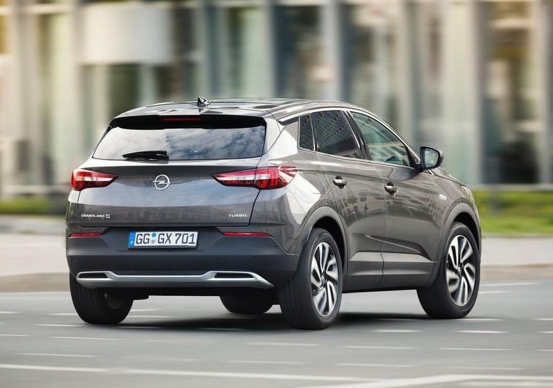 2020 Opel Grandland X arka görünüm