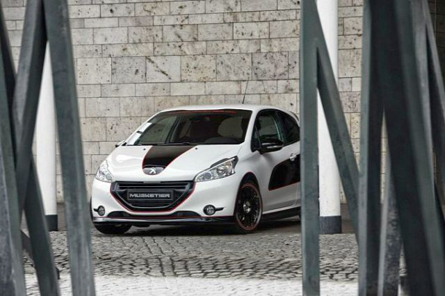 PEUGEOT 208 tuned by MUSKETIER