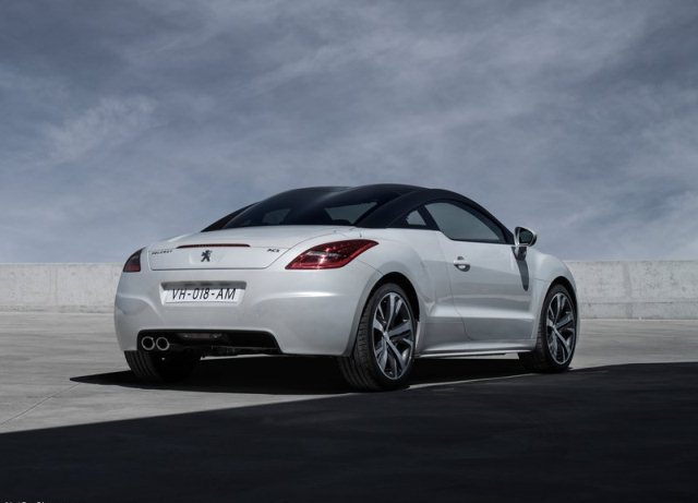 PEUGEOT_RCZ_white_rear_pic