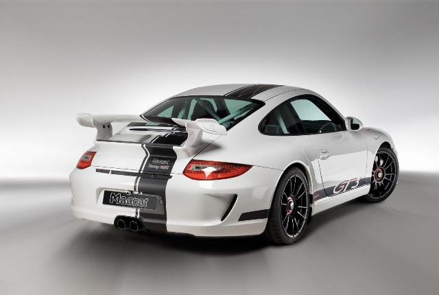MAGNAT Snowmobile DESIGN PORSCHE 911 GT3 tuning