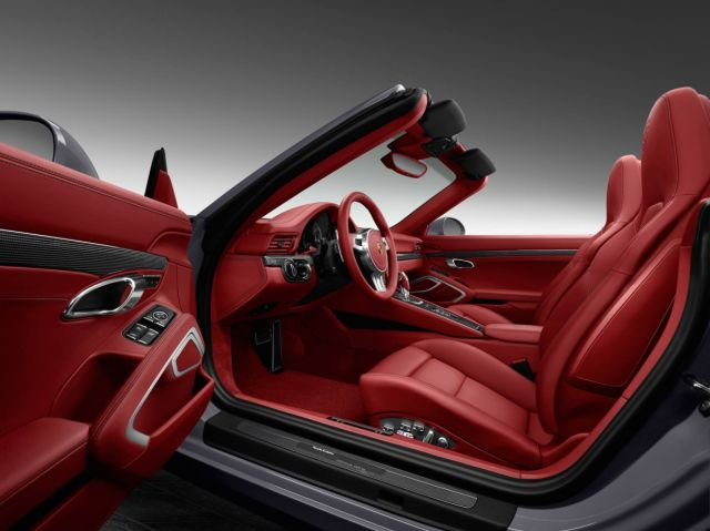 PORSCHE_911_TURBO_CABRIO_EXCLUSIVE_pic-6