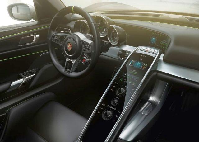 2015 New PORSCHE 918 SPYDER
