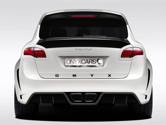 PORSCHE_CAYENNE_tuned_by_ONYX_Concept_pic-4