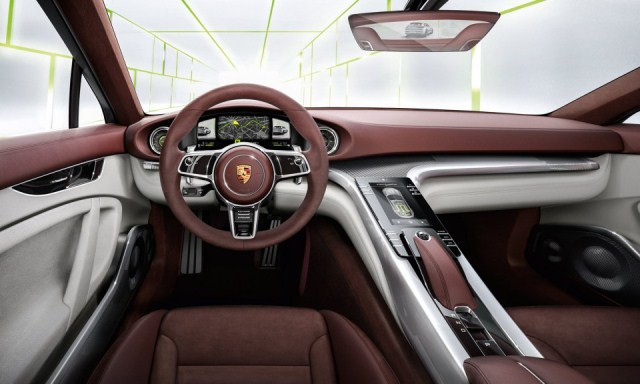 PORSCHE_PANAMERA_SPORT_TURISMO_Concept_steeringwheel_pic