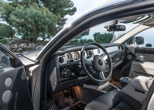 ROLLS_ROYCE_PHANTOM_steeringwheel_pic