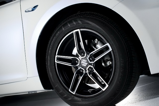SUZUKI_KIZASHI_ECOCHARGE_Hybrid_Wheel&Rim_pic-13