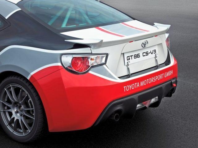 TOYOTA_GT86_CS-V3-Rally_Car_rear_pic-8