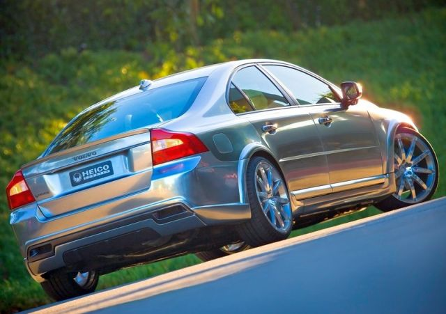 VOLVO_S80_tuned_by_HEICO_rear_pic-4