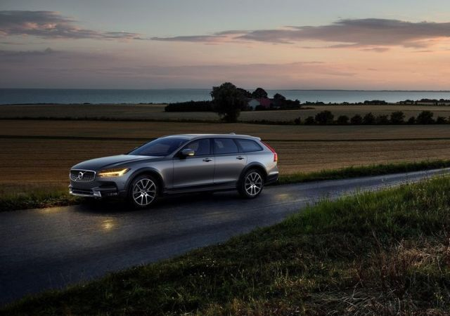 volvo_v90_cross_country_pic-6