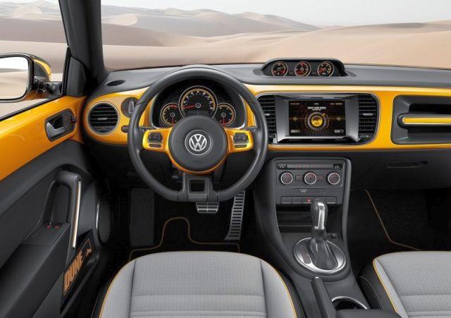 VW_BEETLE_DUNE_Concept_steeringwheel_pic-5